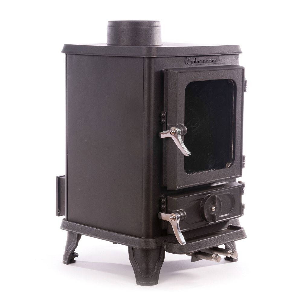 the Salamander tiny stove for small spaces